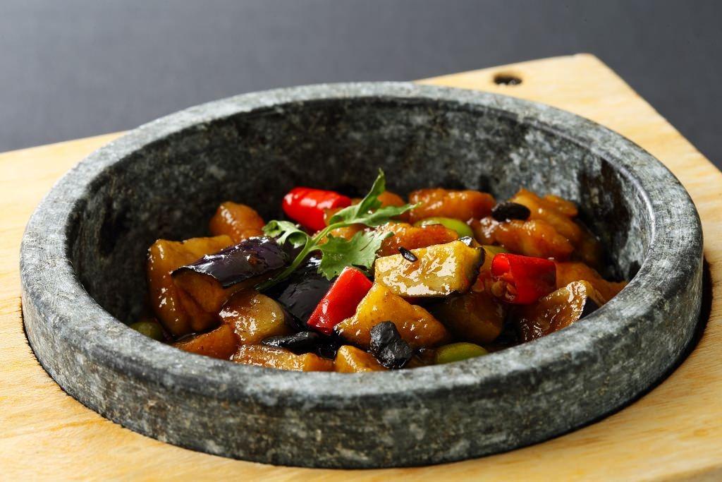 鶏とナスの黒味噌炒め